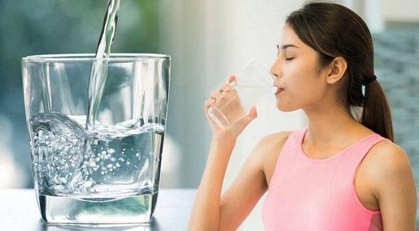 Đảm bảo đủ nước cho cơ thể