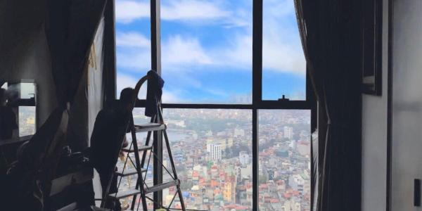 Thi công sơn chống nóng kính tại chung cư Sun Grand City, Hai Bà Trưng